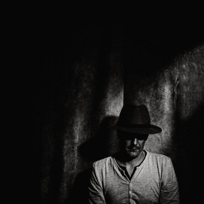 Smutje No.3 Selfie Film Noir Black and White - m-foerster.com